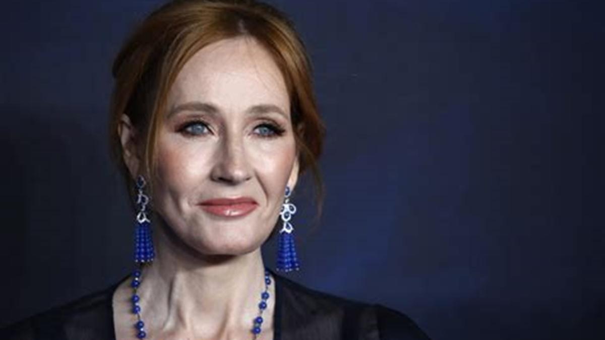 portada A J K Rowling ha sido atacada por decir que solo las mujeres tienen capacidad de menstruar
