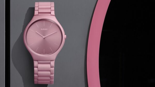 Rado True Thinline Colours Le Corbusier_Rosa Luminoso_2 PORTADA