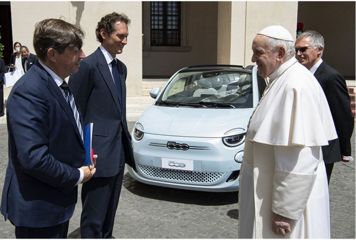 Papa_Francisco_Fiat